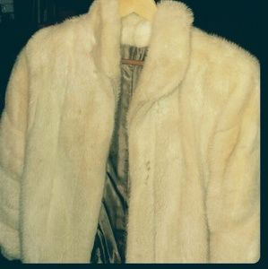 Jackets & Blazers - Short fur Jacket